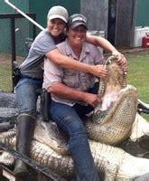how much money does an alligator hunter make alligator prices swamp people how much money does an alligator hunter make