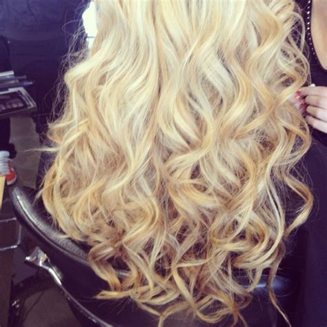 soft waves hairstyles for prom wave hairstyles for prom www imgkid com the image kid