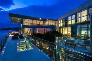 Living a dream next to the ocean sensational malibu beach house