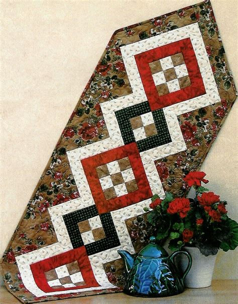 patchwork table runner sewing pattern quilted handcrafted