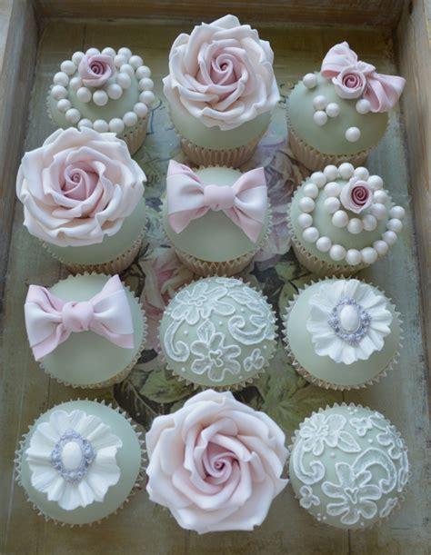 Hochzeit Cupcakes by Cupcakes Statt Hochzeitstorte 30 Ideen F 252 R Die Verzierung