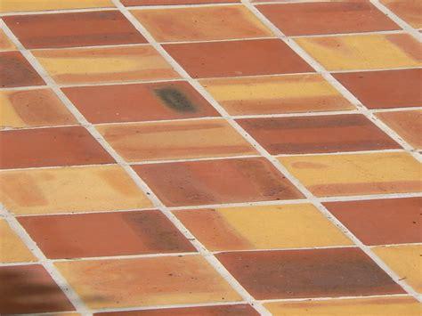 terracotta fliesen wachsen mediterrane baustoffe mediterrane bodenbel 228 ge