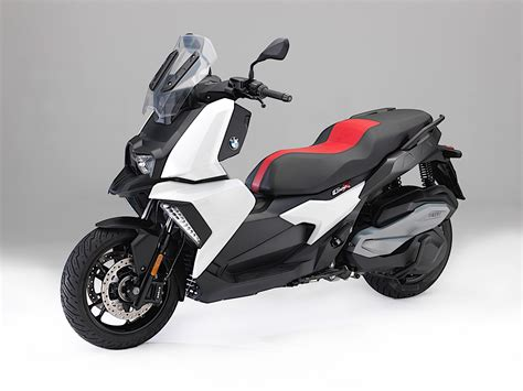 Bmw Motorrad 600 by Bmw Motorrad Launches Its First Sub 600cc Scooter At Eicma