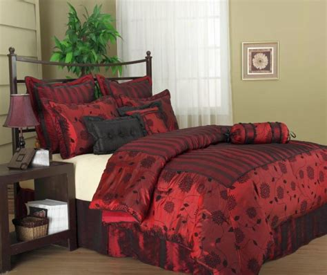 dark red bedroom ideas 17 great black and red bedroom paint design ideas