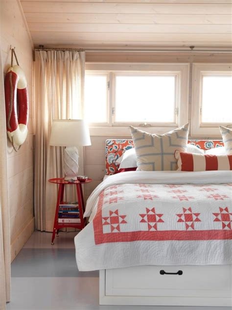 beach house style bedroom 40 chic beach house interior design ideas loombrand