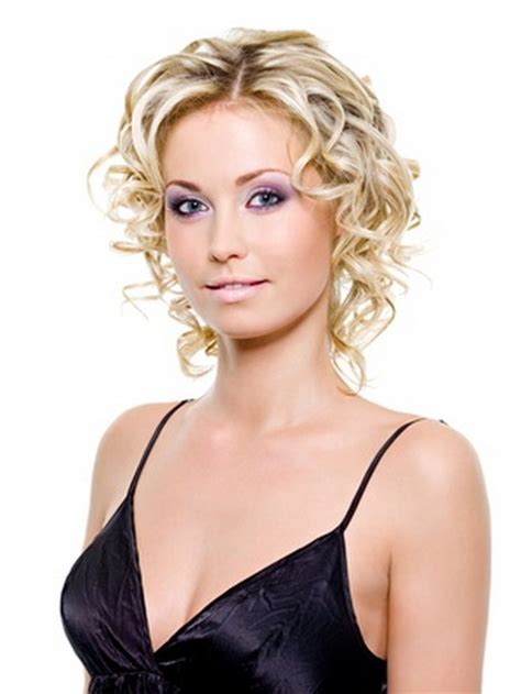 hair styles for thinning frizzy hair short haircuts for fine curly hair