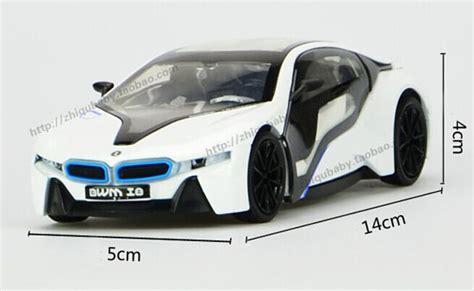 Bmw I8 Skala 1 32 36 Kinsmart Diecast Miniatur 1 32 silver blue white diecast bmw i8 nm02b001 ezmotortoys
