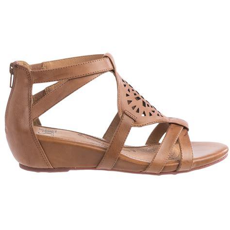 sofft sandals sofft gladiator sandals for 122tw save 40