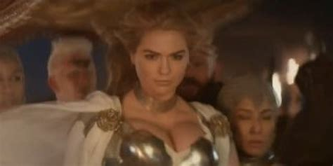 commercial girl game of war game of war s super bowl ad is pretty much kate upton in