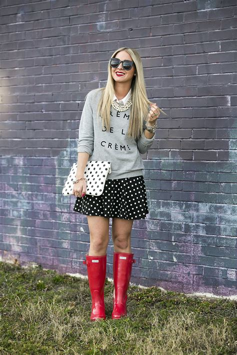 How to Style Hunter Boots: Outfit Inspiration   Cort In Session