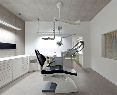 Exposed Concrete Walls at Residential and Dental Practice