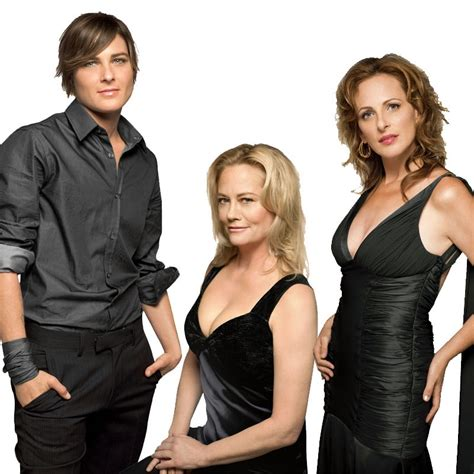 Who The L Word by The L Word Images Season Six Cast Pictures Hd Wallpaper