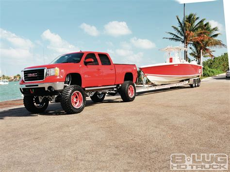 Truck Boat Trailer by Lifted 2010 Gmc 2500 Hd Pulling Boat Trailer Gmc