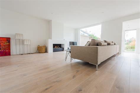 modern interieur met houten vloer eiken duoplank wit geolied hoogeveen baltussen parket