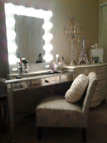 Mirrored Vanity With Lights Vanity From To Vanity Mirrors