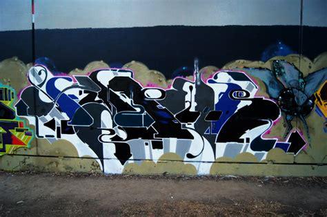 graffiti wallpaper adelaide adelaide graffiti cold krush store gallery street art