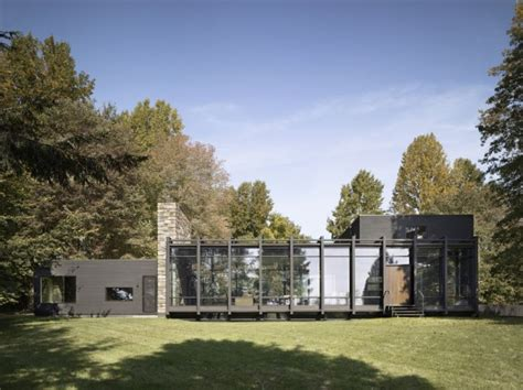 Glass Box House by Dangle Byrd Glass House By Koko Architecture Minimalist