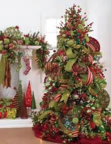 Decorated christmas trees with ribbon how to decorate a christmas tree