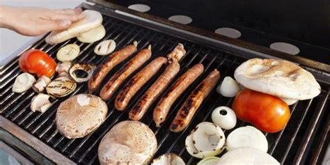 Alat Pembakar Makanan jika tak hati hati pesta quot barbeque quot bisa sebabkan keracunan kompas