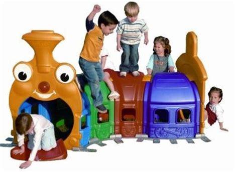 buitenspeelgoed rups de leukste speeltoestellen voor in de tuin