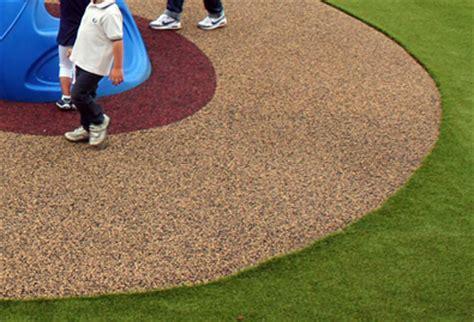 pavimenti antitrauma per esterni pavimentazione antitrauma