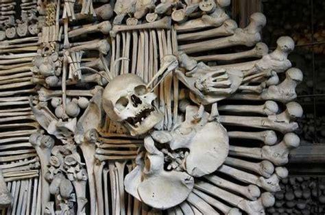 imagenes calaveras satanicas kostnice sedlec la iglesia cementerio el ba 250 l de josete