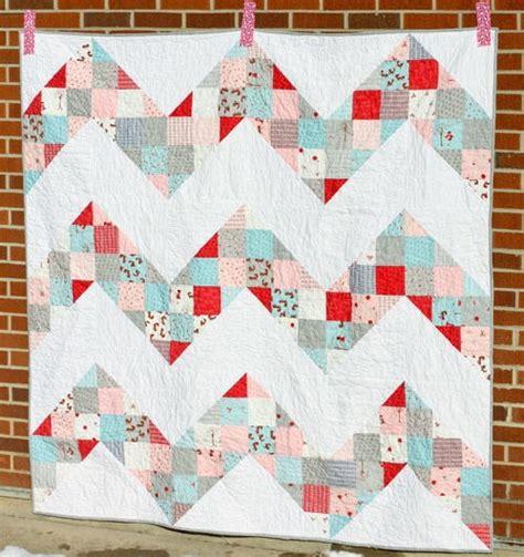 Chevron Quilt Block Pattern by Exhilarating Chevron Quilt Pattern Favequilts
