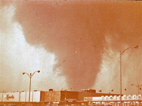 D 1 12 X 1 14 Sambungan T 112x114 new photos of 1967 oak lawn tornado surface oak lawn il patch