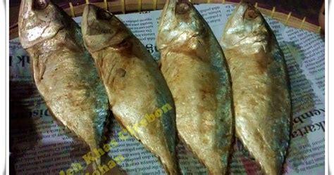 Ikan Asin Tigawaja Khas Cirebon oleh oleh khas cirebon johan ikan peda merah