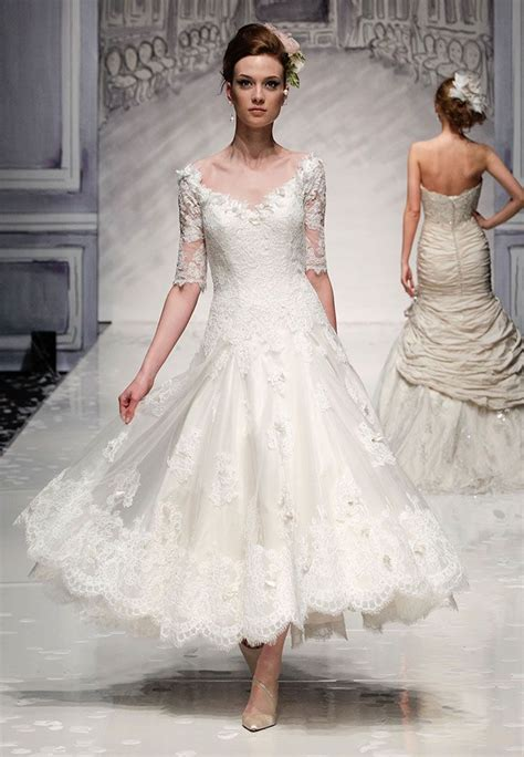Ian Stewart Wedding Gowns by Vintage Chic This Is An Ankle Length Lace Wedding Dress