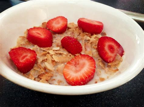 fruit w least carbs a crunchy fresh keto cereal recipe w strawberries