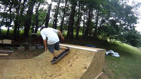 backyard skateboard rs how to build a halfpipe in your backyard 28 images how