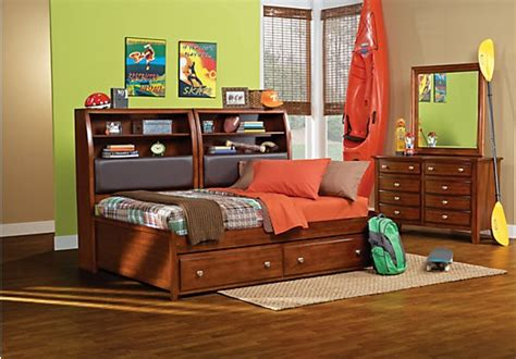 olivia 3 pc daybed bedroom rooms to go kids kids 1000 daybed bedroom ideas on pinterest pallet daybed