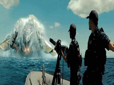 film perang alien si penyapu buruk review film battleship
