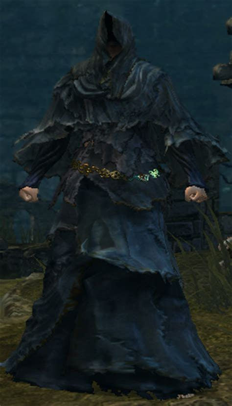 Iron Pedestal Gold Hemmed Black Set Dark Souls Wiki