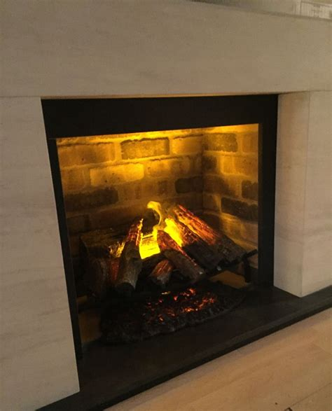 Most Realistic Electric Fireplaces by 78 Best Ideas About Electric Fires On Electric