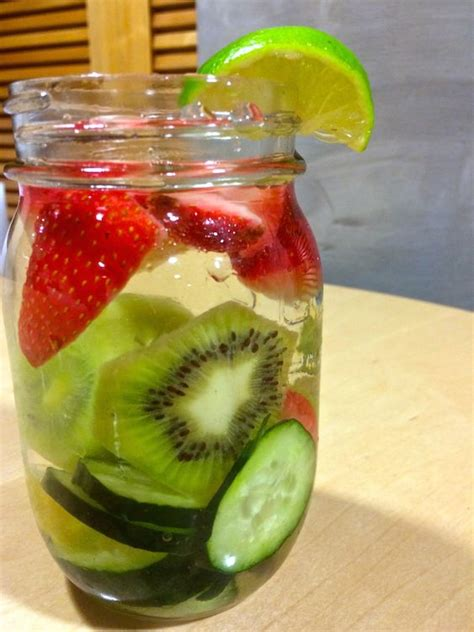 Kiwi Fruit Detox Drink by The O Jays And Photos On