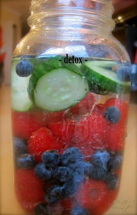Blueberry Detox Drink by Detox Water Raspberry Blueberries And Cucumber Detox