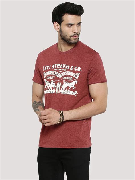 Pair T Shirts India Buy Levi S Graphic Logo T Shirt For S T
