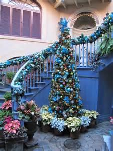 Designrulz staircase christmas deco 019