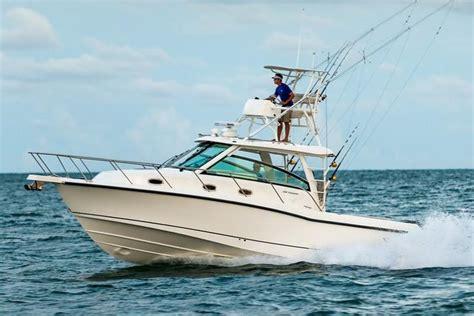 walk around boats for sale in ma boston whaler walkaround boats for sale boatinho