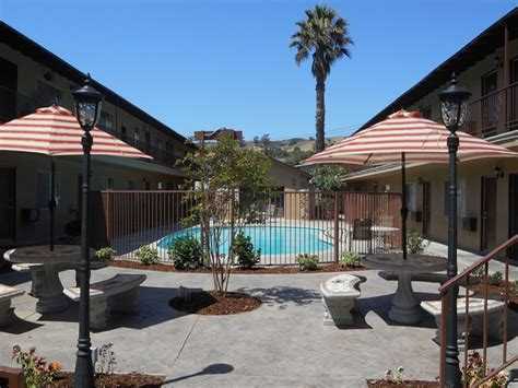 Apartment Search Whittier Ca Alta Court Apartments Whittier Ca Apartment Finder