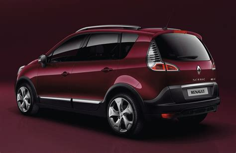 Renault Scenic Xmod Mpv Turns Crossover Photos 1 Of 6