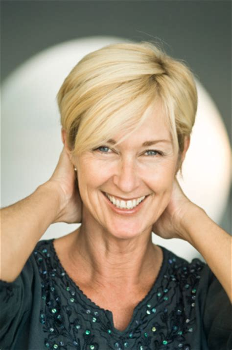 hair styles for older women with thin hair and widow s peaks short hairstyles for fine hair beautiful hairstyles