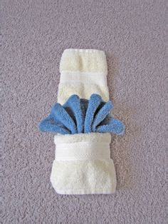 Paper Towel Origami - now that is some cool hotel towel folding