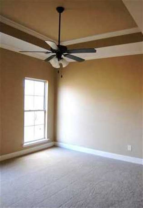 How To Make A Tray Ceiling With Crown Molding The Master Bedroom Has A Tray Ceiling And Crown Molding