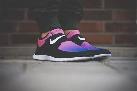 Nike Free Black Pink ᐅ nike free socfly quot black pink flash quot review snkr