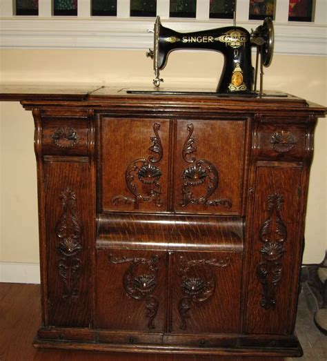 sewing machine cabinet singer 17 best images about singer manufacturing co on pinterest