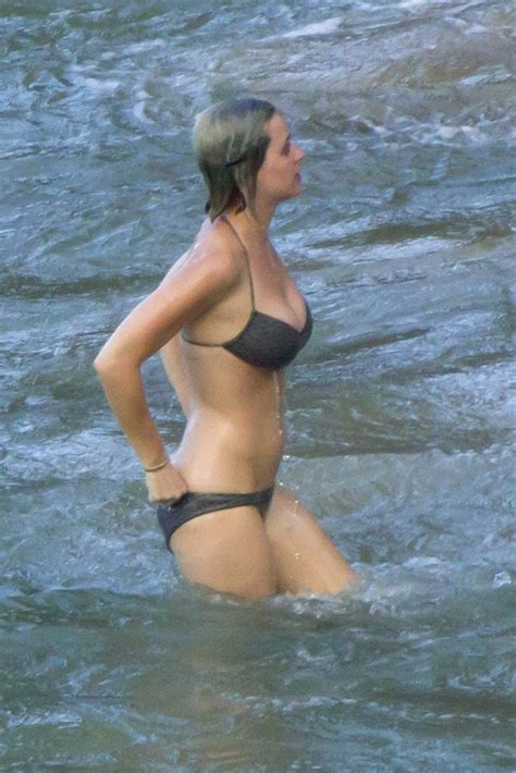 www xvideos com katy perry dunia sex katy perry bikini candids in hawaii on christmas
