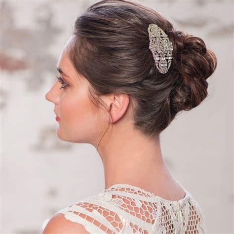 Vintage Wedding Hair Accessories Dublin by 33 Hair Accessories For Brides Weddingsonline